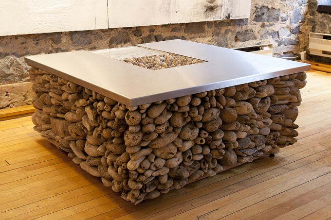 http://intranet.saintdizier.com/images/art/Amelie-desjardins-table-stainless-low.jpg