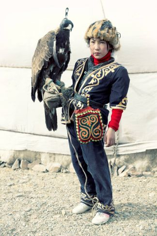 Lyle Owerko - Eagle Hunter 15 ed 1/6