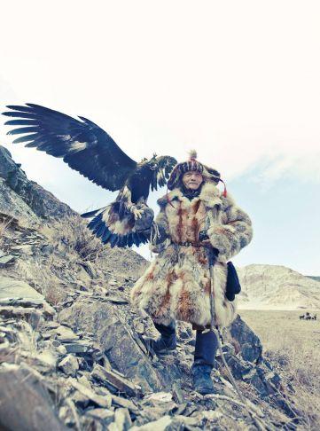 Lyle Owerko - Eagle Hunter 5