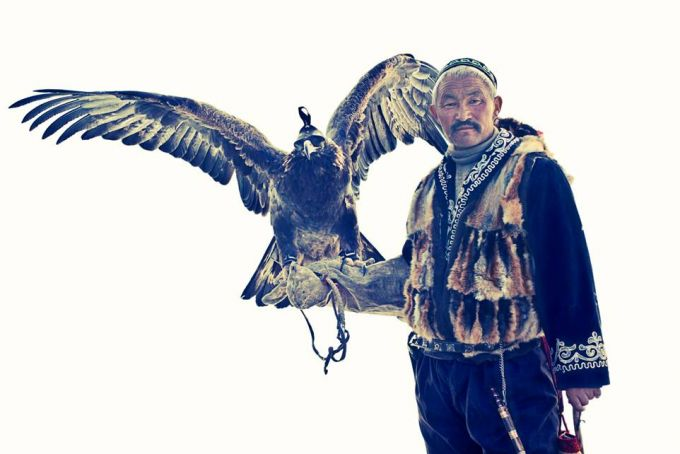 Lyle Owerko - Eagle Hunter 9 ed 1/3