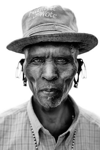 Lyle Owerko - Lewon Lelepaso