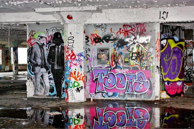 Stikki Peaches - Street Art